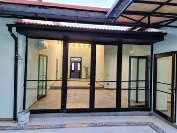 Office for Rent in Molos Area